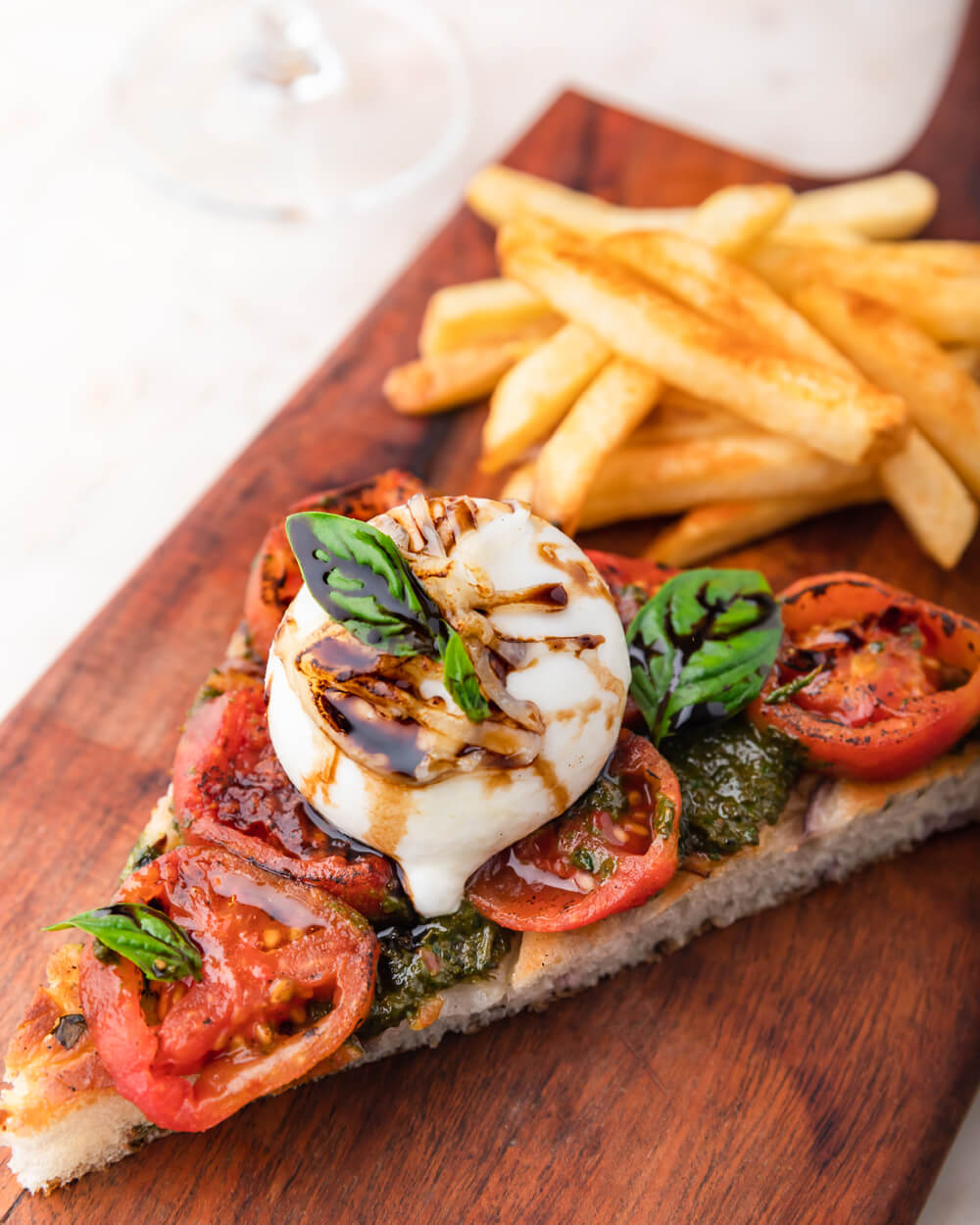ROASTED-TOMATO-_-SMOKED-BABY-BURATA-CAPRESE-ON-WARM-ONION-FOCCACIA-